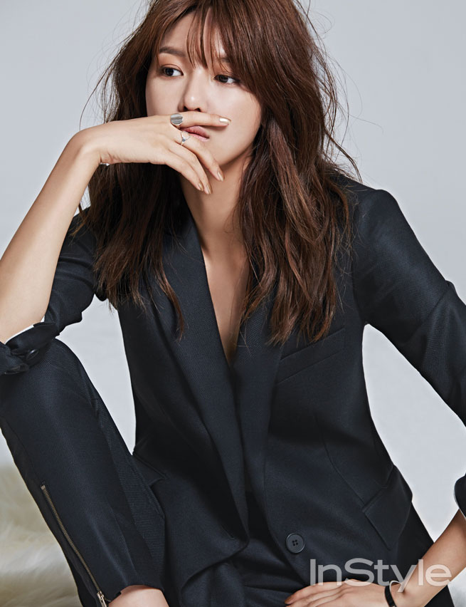 SNSD Sooyoung Stella McCartney Instyle Magazine