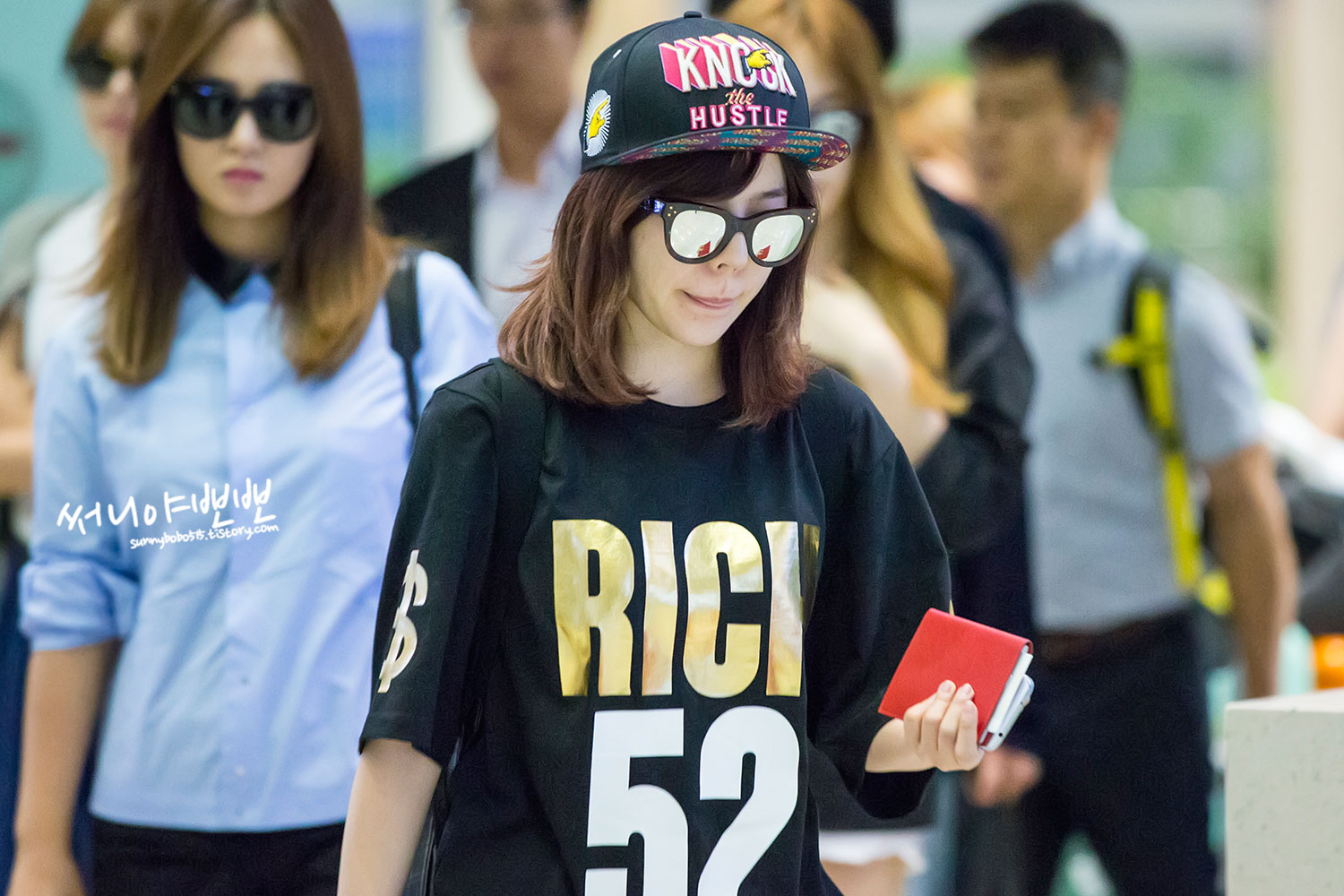 Sunny Incheon Airport to/from Hong Kong
