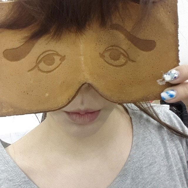 SNSD Sunny cracker Instagram selca