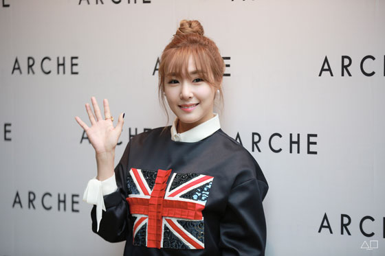 SNSD Tiffany ARCHE Seoul Fashion Week 2015
