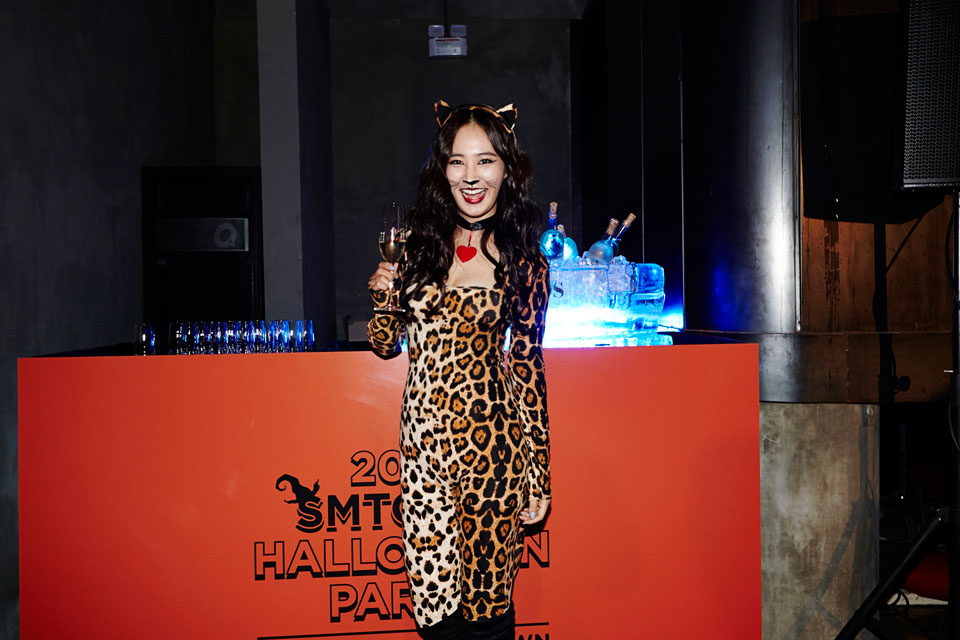 Girls Generation Yuri SMTOWN Halloween Party 2014