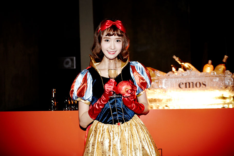 Girls Generation Yoona SMTOWN Halloween Party 2014