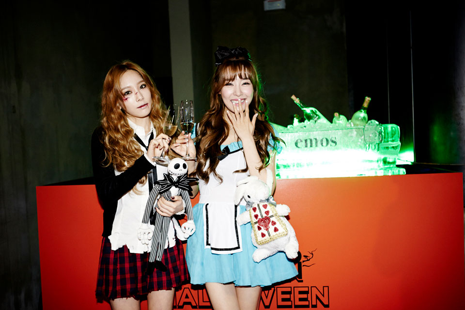 Girls Generation TaeNy SMTOWN Halloween Party 2014