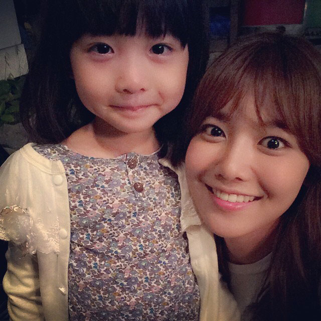 SNSD Sooyoung Instagram Spring Days child star