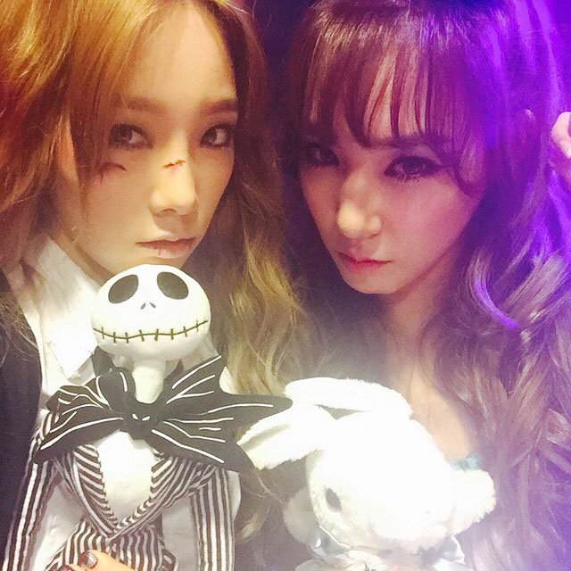 SNSD Taeyeon Tiffany Halloween party