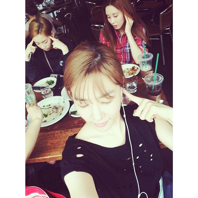 SNSD TaeTiSeo Onstyle New York selca