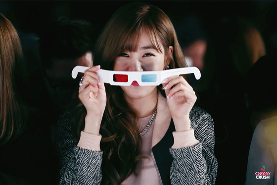 SNSD Tiffany Rebecca Minkoff 2015 fashion show