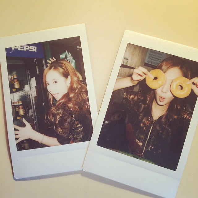 SNSD Yuri Instagram food polaroid