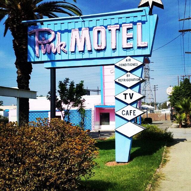 SNSD Yuri Instagram Pink Motel