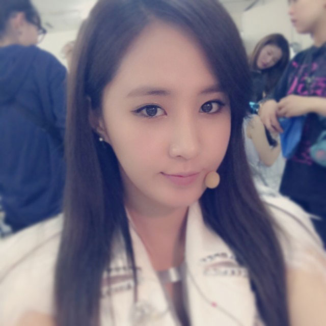 SNSD Yuri Instagram Japan tour selca