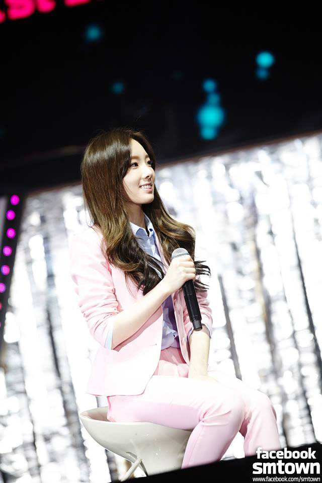 SNSD Taeyeon 1st fan party Beijing