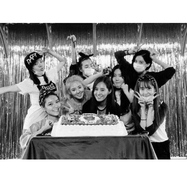 SNSD Yuri birthday 2014 Seohyun IG