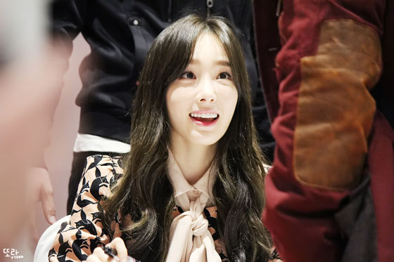 SNSD Taeyeon Lotte fan signing event 2014