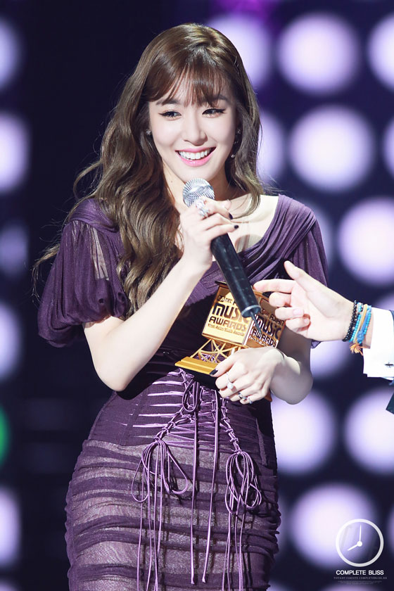 SNSD Tiffany Mnet Asian Music Awards 2014