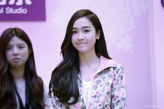Jessica Jung Li-Ning fansign in Chengdu China
