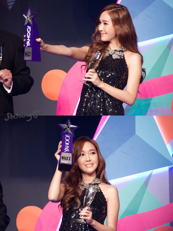 SNSD Jessica Yahoo Asia Buzz Awards 2014
