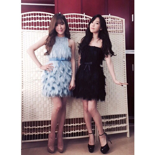 SNSD Taeyeon Tiffany Instagram fashion