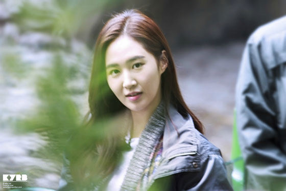 Yuri filming Animal show in China