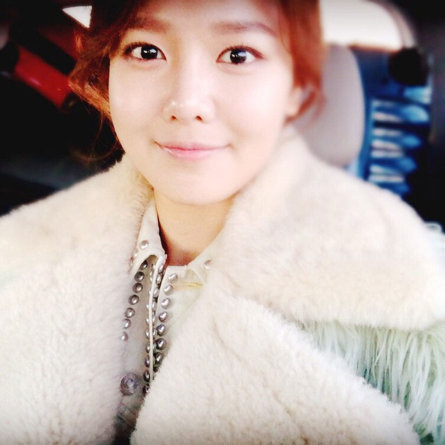 SNSD Sooyoung Instagram airport selca